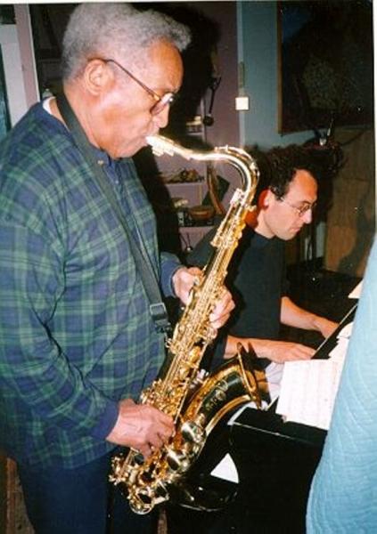 1999-Chicago-VonFreeman-582x826
