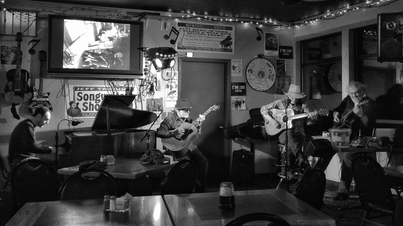 20170221 Al Alto, Nyle Hartley, Jeff Tassin at Brother Dons